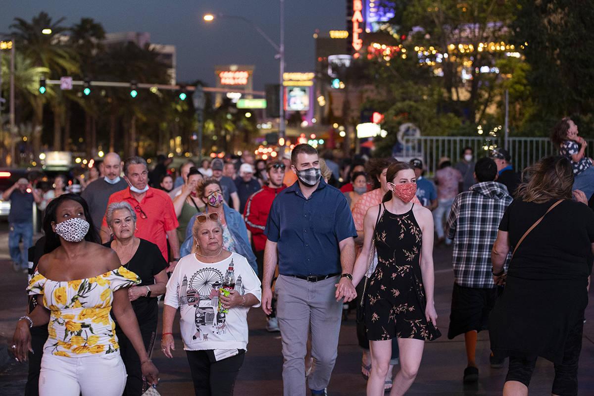 The Las Vegas Strip is packed on Tuesday, April 13, 2021, in Las Vegas. (Benjamin Hager/Las Veg ...