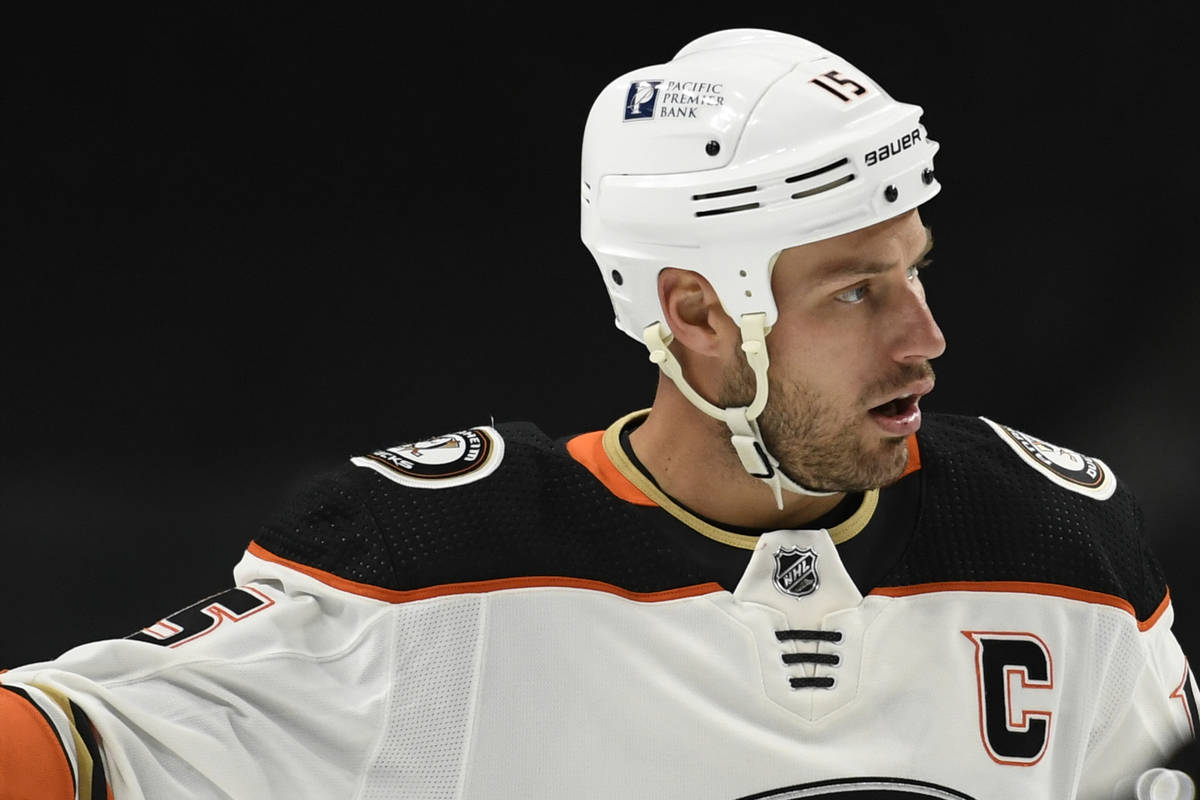 Anaheim Ducks' Ryan Getzlaf (15) prepares for a face-off against the Minnesota Wild during the ...