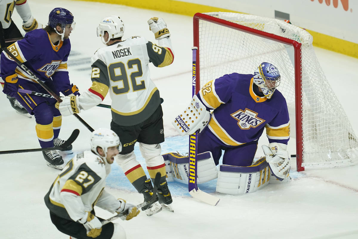 Vegas Golden Knights left wing Tomas Nosek (92) celebrates after scoring a goal against Los Ang ...