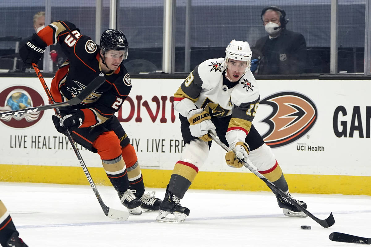 Vegas Golden Knights right wing Reilly Smith (19) controls the puck in front of Anaheim Ducks c ...