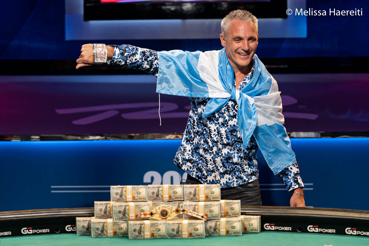 Damian Salas shows off his bracelet after winning the World Series of Poker Main Event title Su ...
