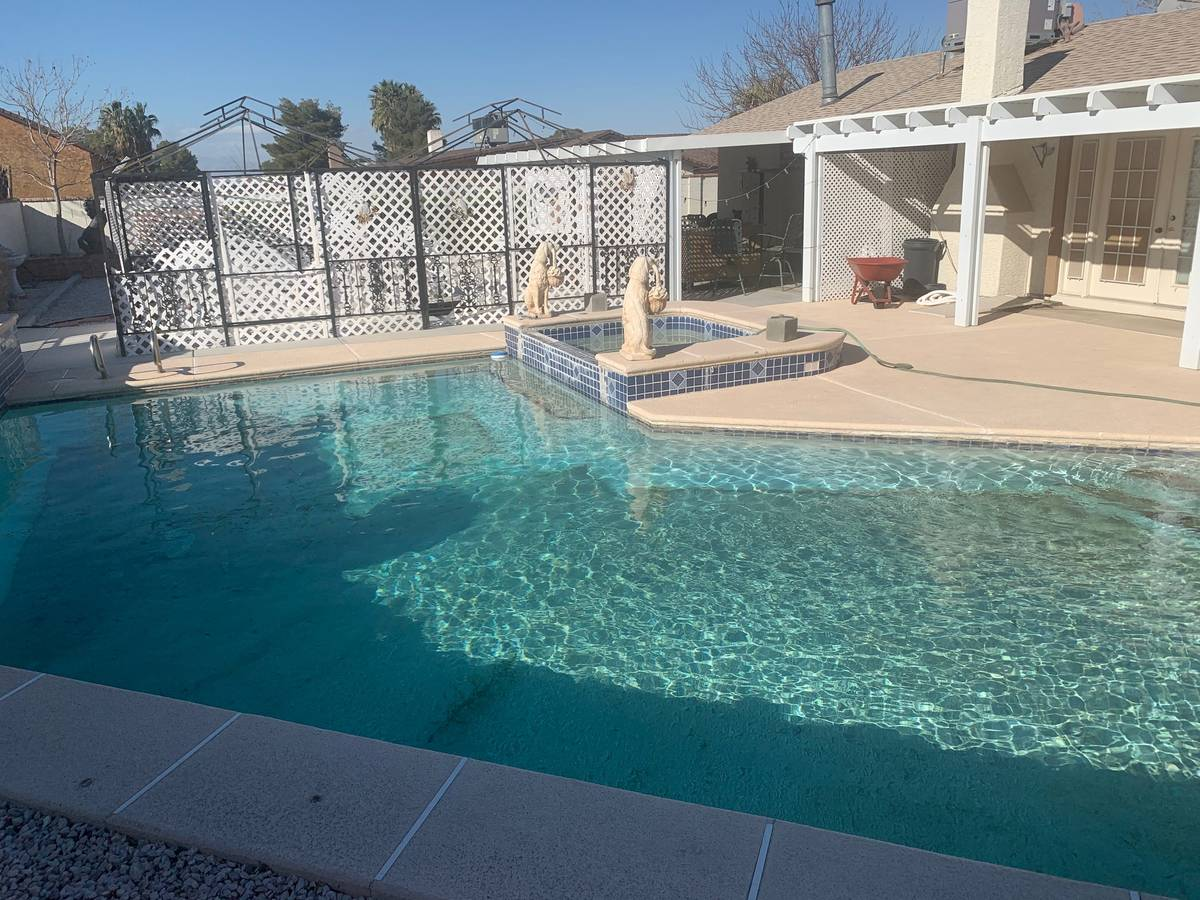 The pool and spa at 8071 Martingale Lane. (Dale Ouellette)
