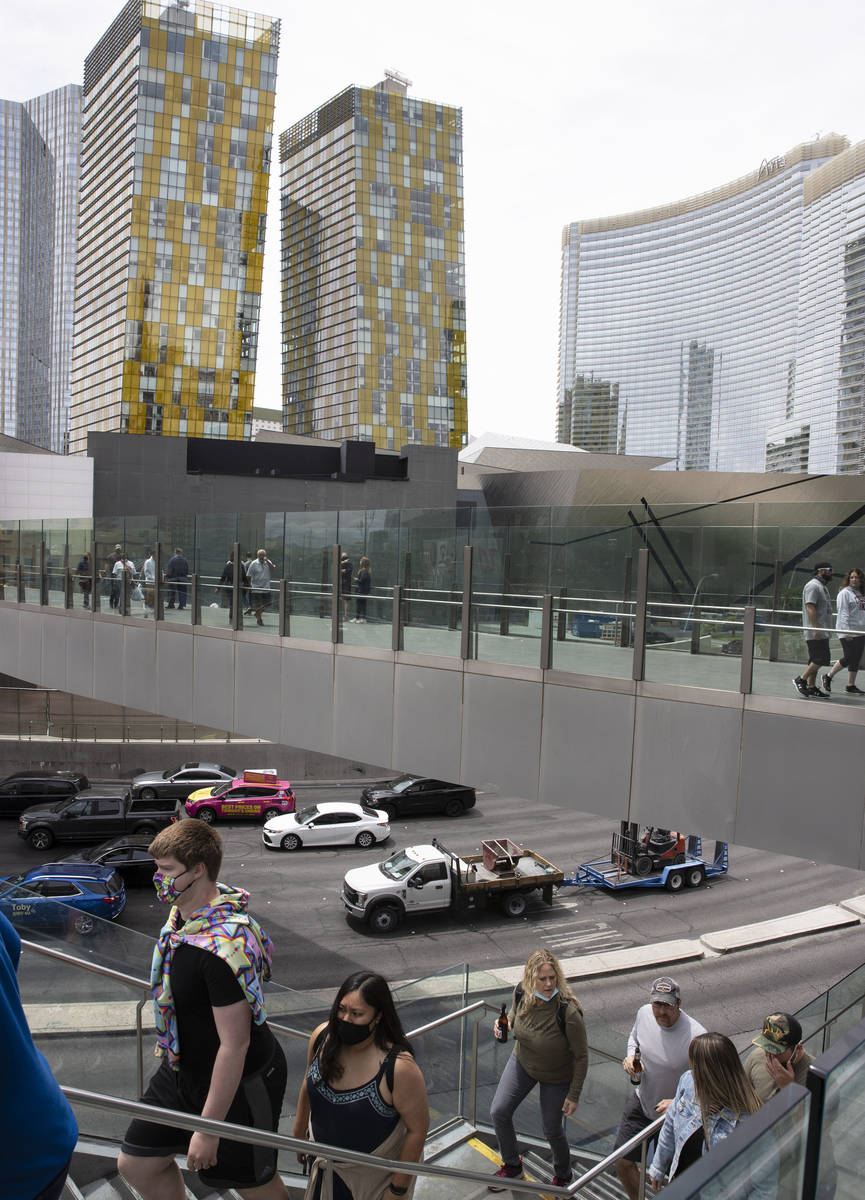 Veer Towers, left, two condominium towers within CityCenter, and Aria are seen on the Las Vegas ...
