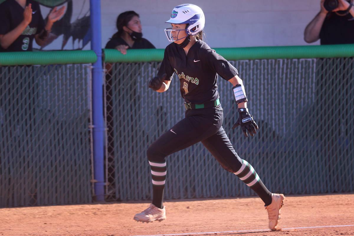 Green Valley's Alyssa Vigil (8) runs home for a run against Coronado in the sixth inning of the ...