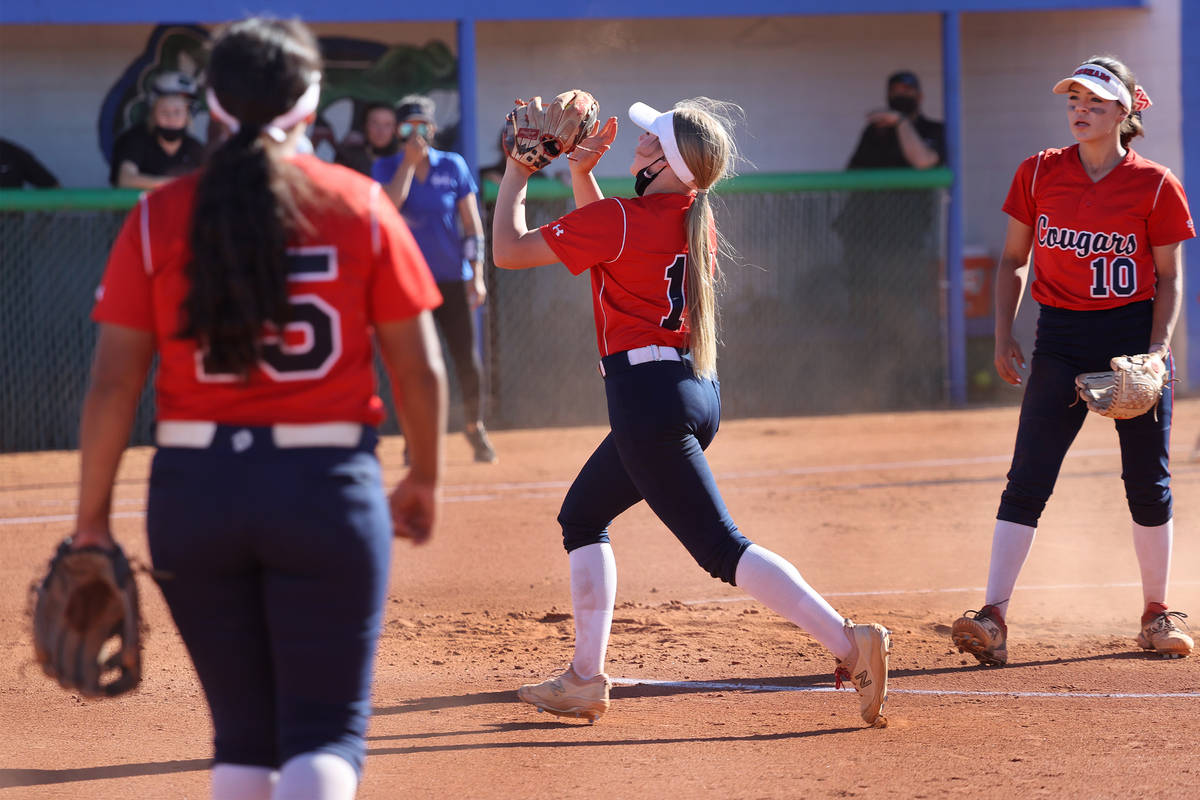 Coronado's pitcher Kendall Selitzky (11) makes a catch for an out in the fifth inning of a soft ...