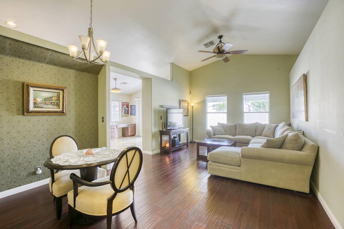 The living room of 1764 Saint Thomas Drive, Henderson. (Alan Thibault)