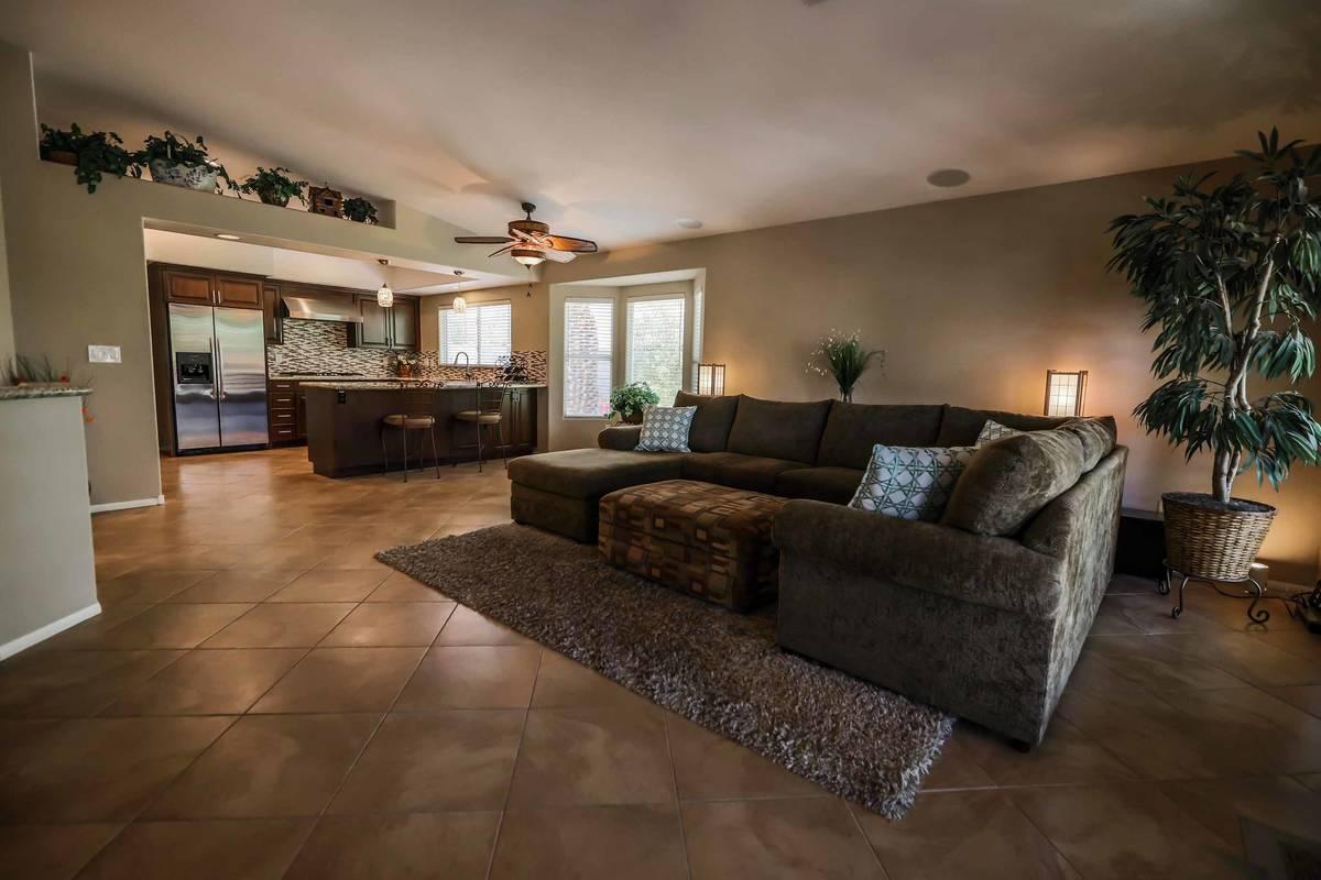 The living room of 8812 Saint Pierre Drive. (SugarMill Studios)