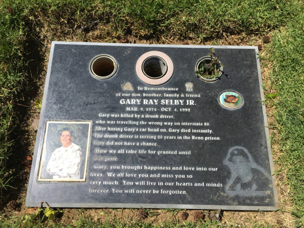 The headstone of Gary Selby Jr. (Holly Bayol)