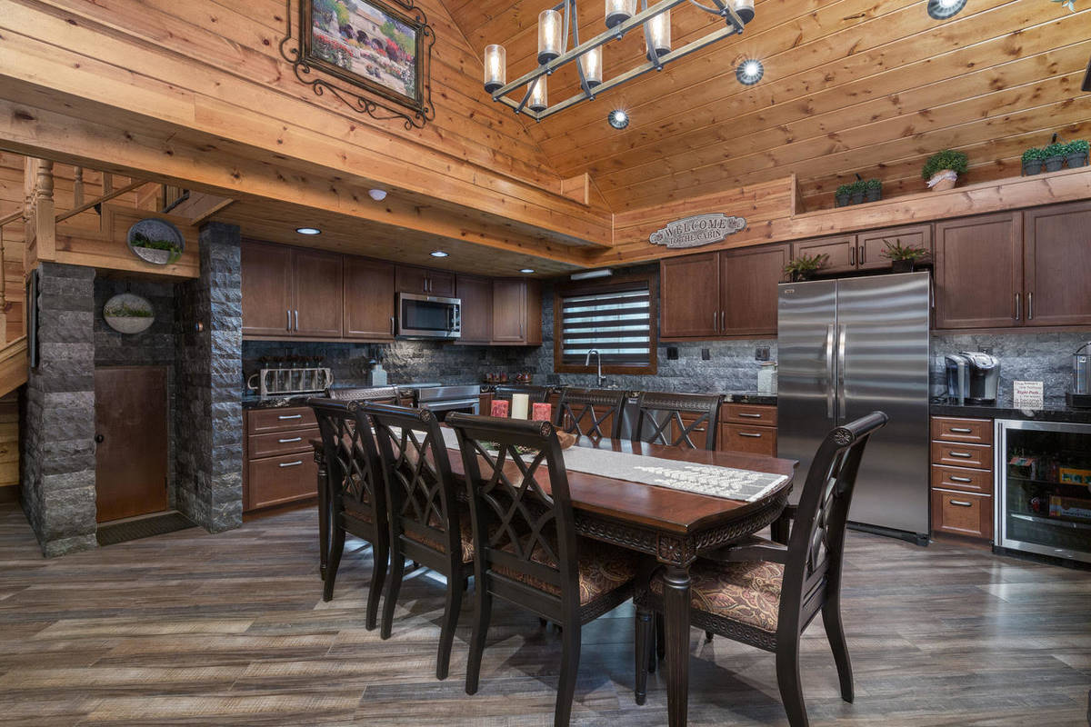 The kitchen and dining area of 4174 Mont Blanc Way (David Correa Photography)