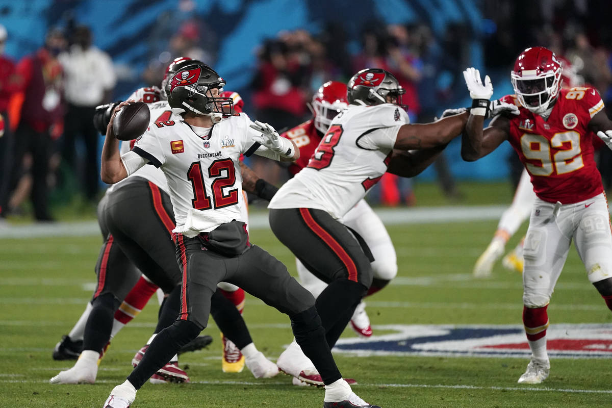 Tampa Bay Buccaneers quarterback Tom Brady (12) passes during the first half of the NFL Super B ...
