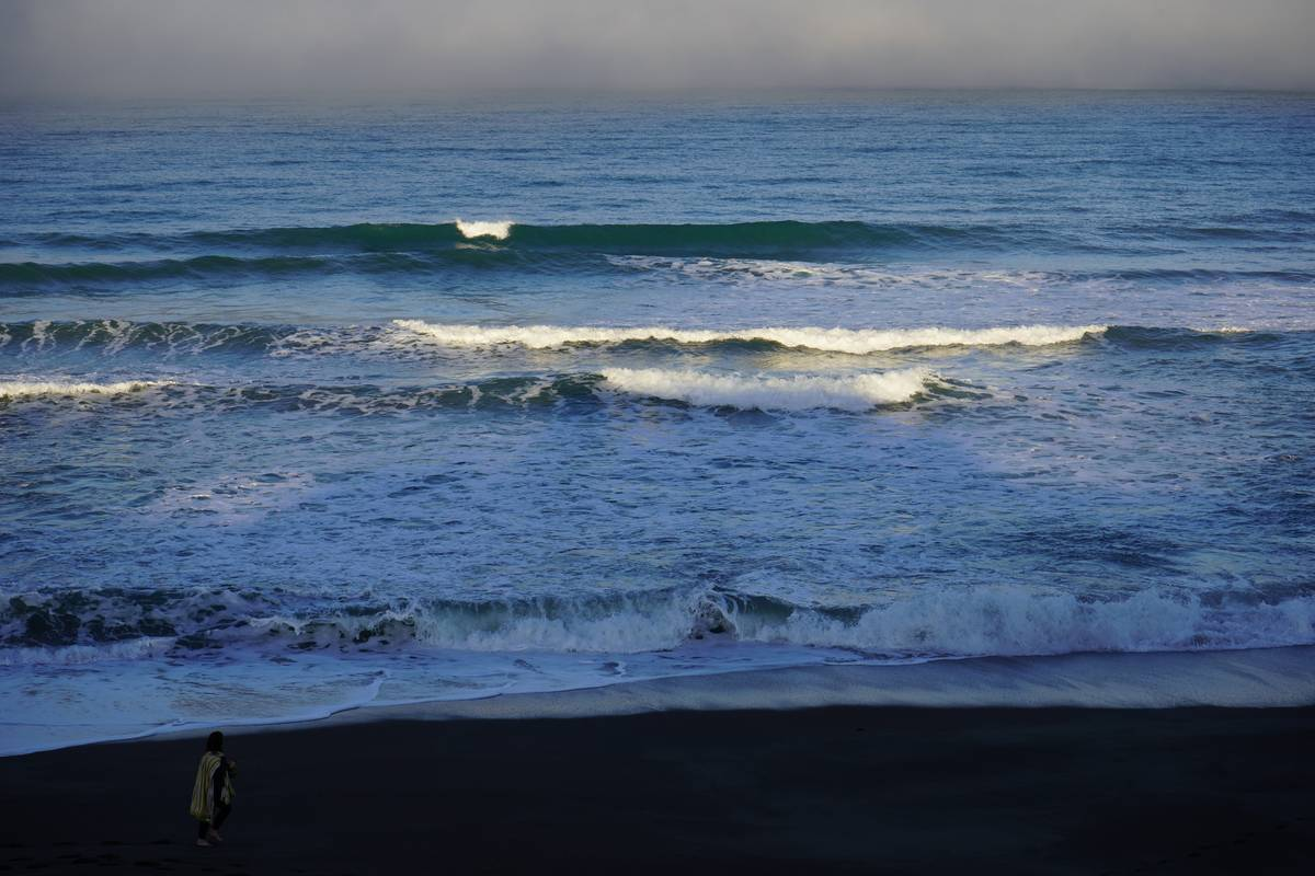 Early morning marine layer lifting from Moonstone Beach in Cambria. (Natalie Burt/Las Vegas Rev ...