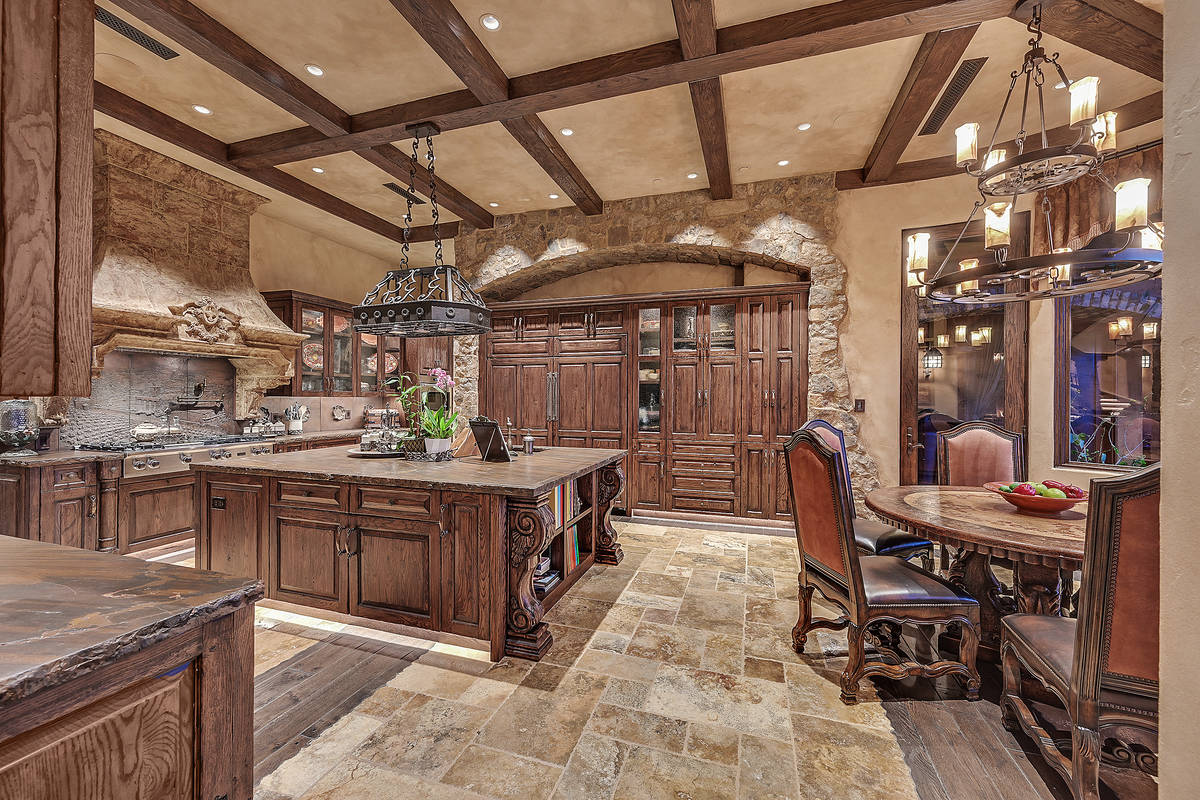 The kitchen. (Darin Marques Group)