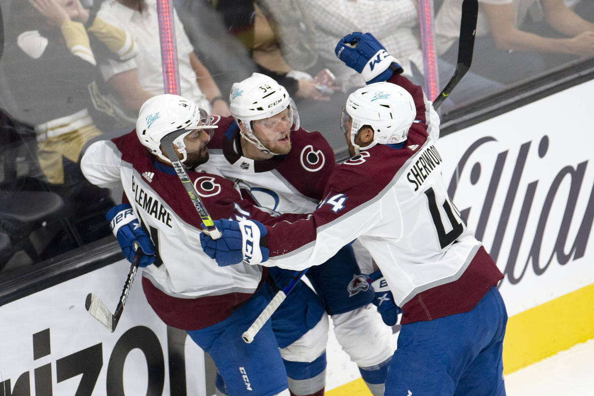 Avalanche center Pierre-Edouard Bellemare (41), Avalanche center Carl Soderberg (34) and Avalan ...