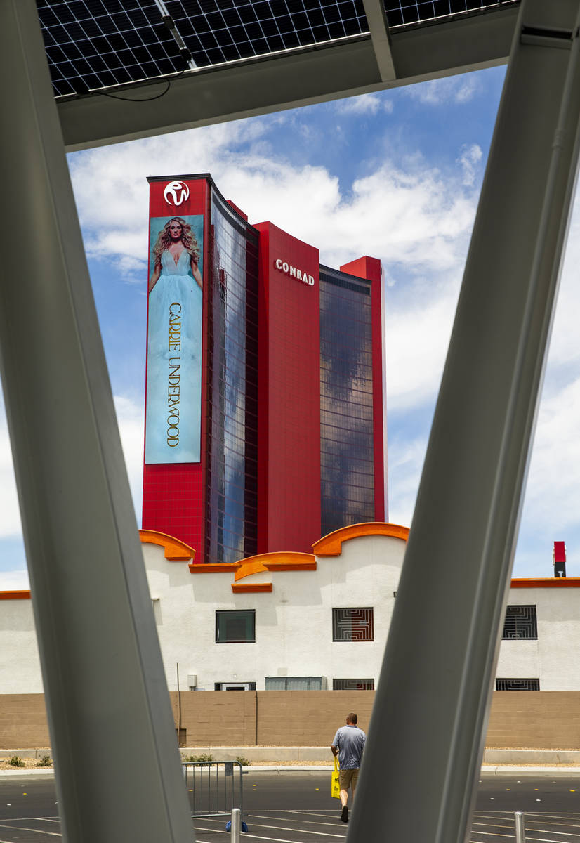 Resorts World Las Vegas with nearby Siegel Select Convention Center Extended Stay by the Las Ve ...