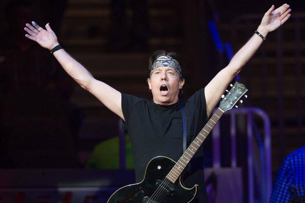 George Thorogood & The Destroyers headline Night 1 of the five-day 2016 Built Ford Tough Profes ...