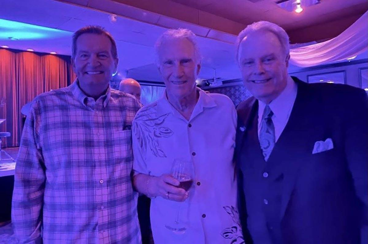 Ez-New York Giants coach Jim Fassel, the Righteous Brothers' Bill Medley and Italian American ...