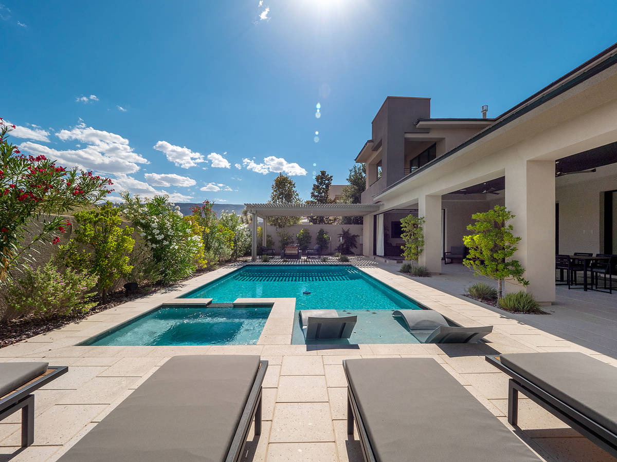 The pool area at a home owned by rocker Carlos Santana and for sale in The Ridges. (LVREAL)