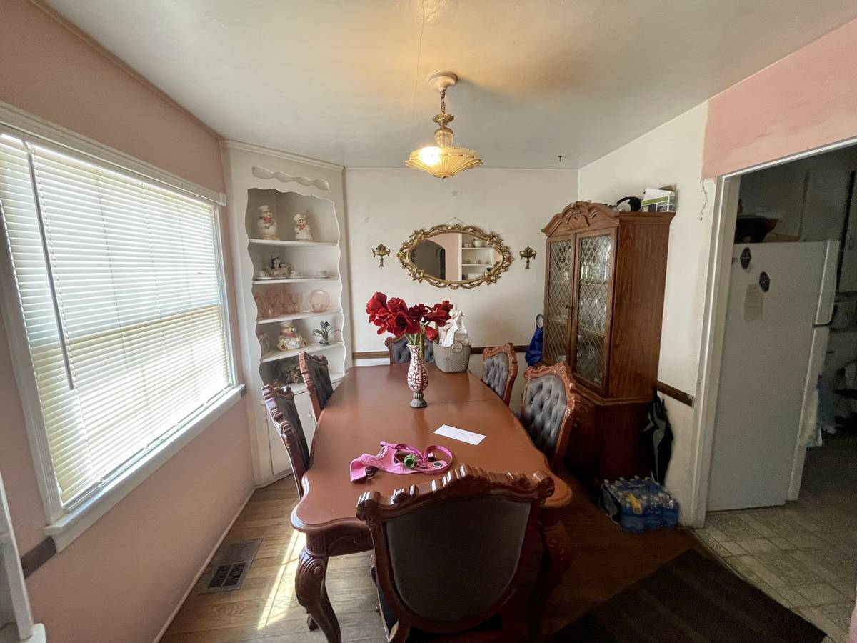 The dining room of 1253 S. 9th St. ( Paul Rich)