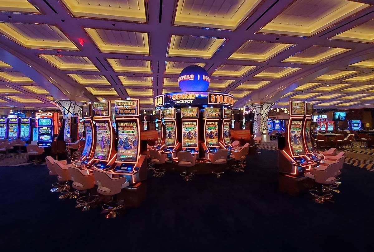 Resorts World Las Vegas slot machines. (Chase Stevens/Las Vegas Review-Journal) @csstevensphoto