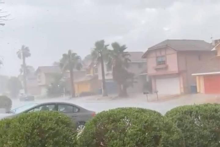 Rain falls in the Las Vegas Valley on Thursday, June 24, 2021. (GLenn Puit/Las Vegas Review-Jou ...