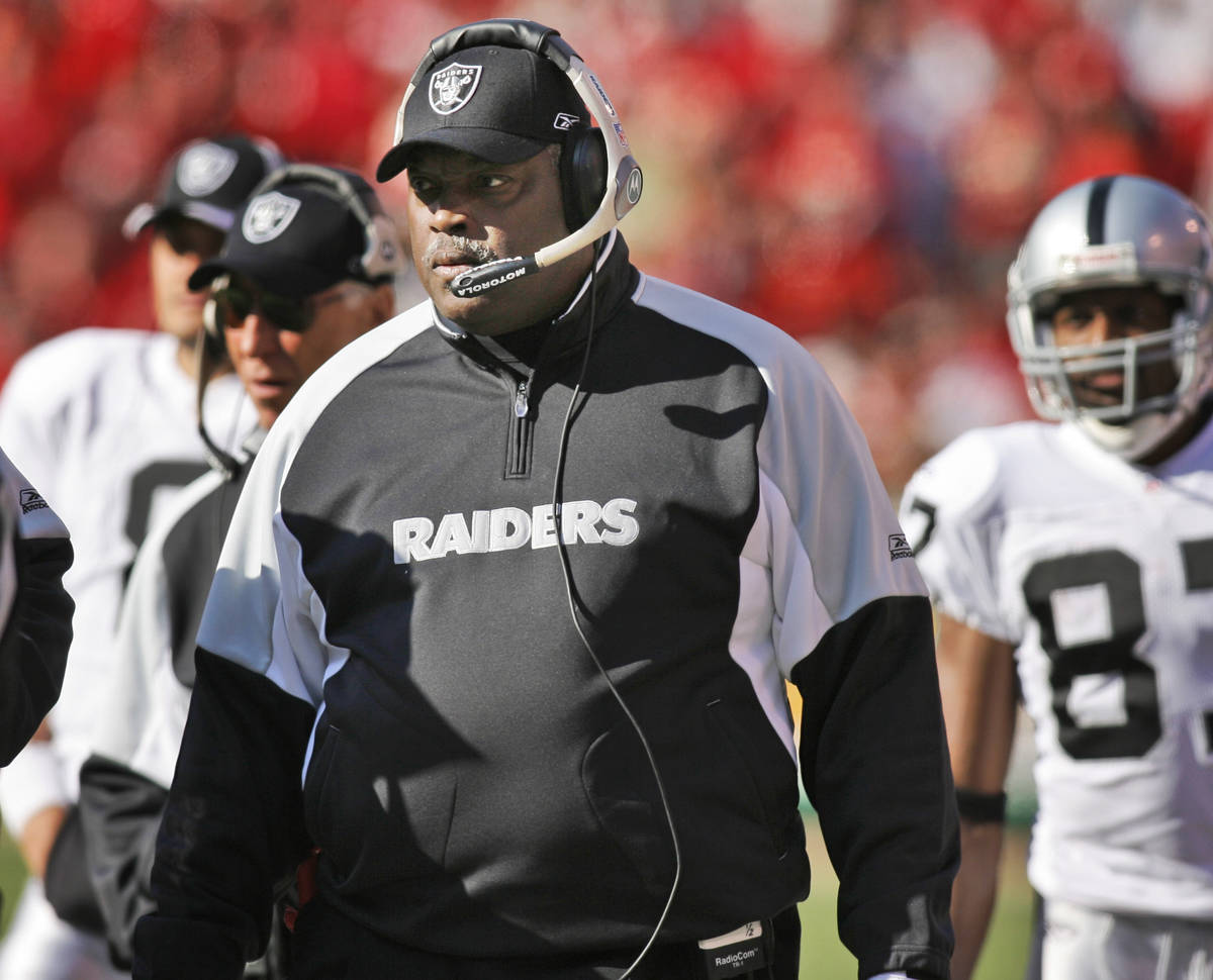 In this Nov. 19, 2006, file photo, Oakland Raiders coach Art Shell works the sidelines during t ...