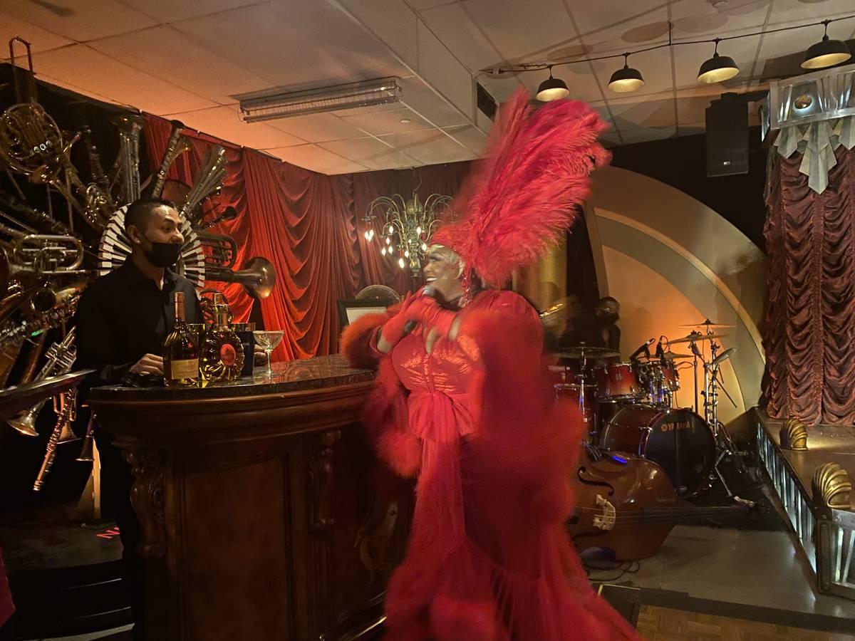 "Las Vegas artist Skye Dee Miles is shown at Backstory, the pre-show of ""Usher: The Las Vegas ..."