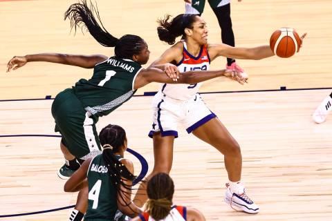 Nigeria forward/center Elizabeth Williams (1) battles for a loose ball against United States fo ...