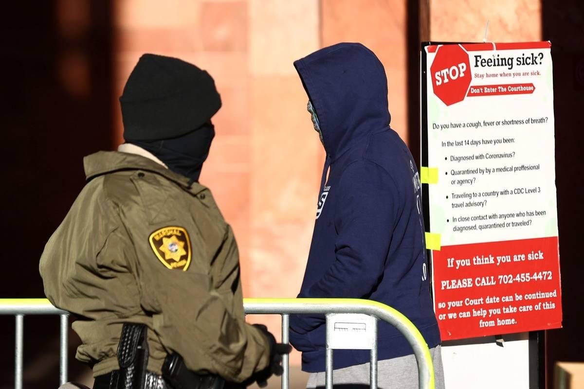 A man enters the Regional Justice Center in October 2020 in Las Vegas. (Bizuayehu Tesfaye/Las V ...