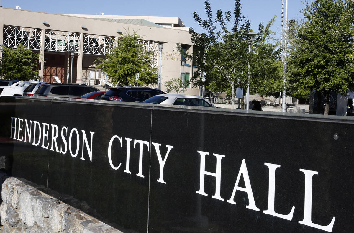 Henderson City Hall (Bizuayehu Tesfaye/Las Vegas Review-Journal)