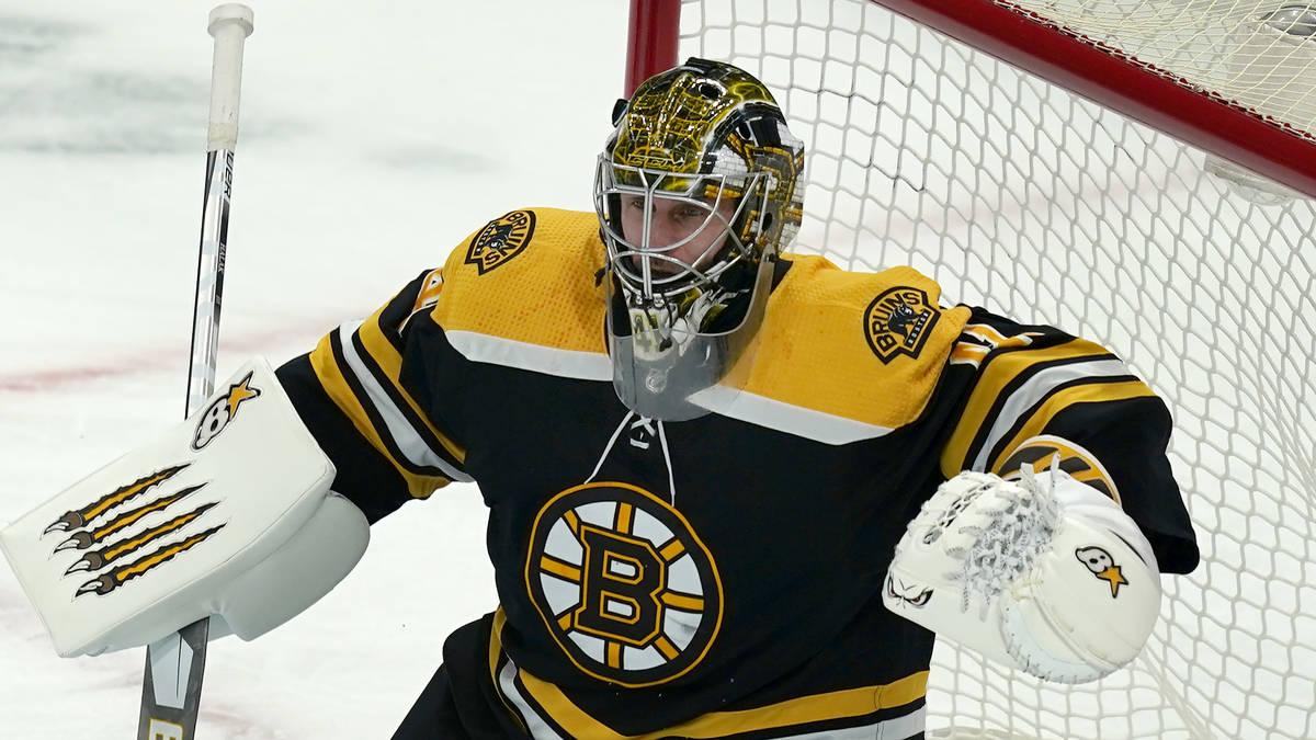 Boston Bruins goaltender Jaroslav Halak (41) during an NHL hockey game against the Pittsburgh P ...