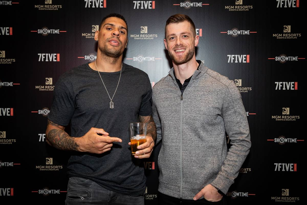 Ryan Reaves, left, with business partner Adam Coates. (7Five Brewing Co.)