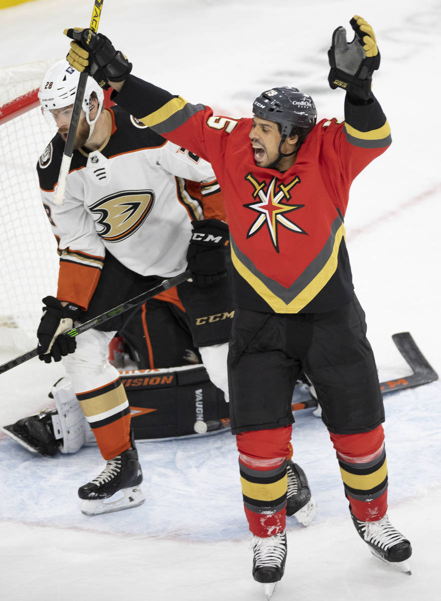 Vegas Golden Knights right wing Ryan Reaves (75) celebrates in front of Anaheim Ducks defensema ...