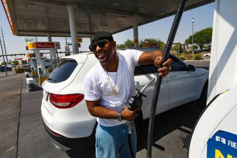Deangeles Phipps speaks to the Review-Journal as he fills his car with gas at a Shell station o ...