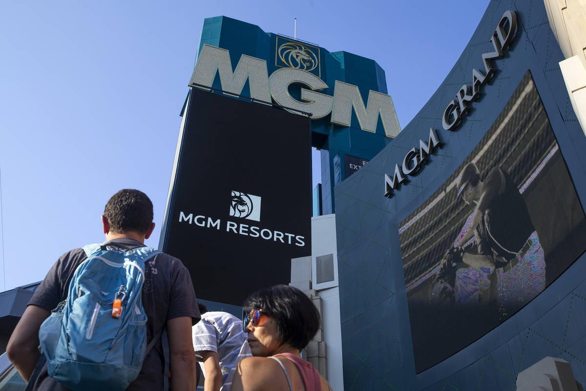 Visitors to the Las Vegas Strip pass MGM Grand on Wednesday, Aug. 4, 2021. (Ellen Schmidt/Las V ...