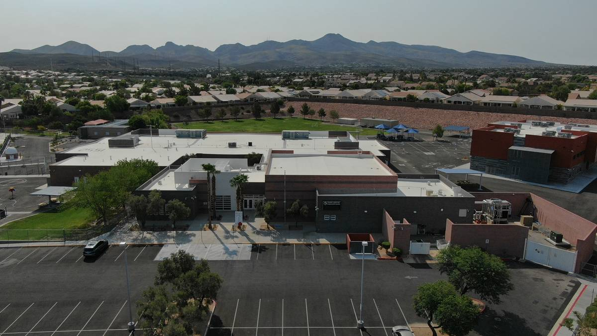 Lamping Elementary school in Henderson. (Michael Quine/Las Vegas Review-Journal)