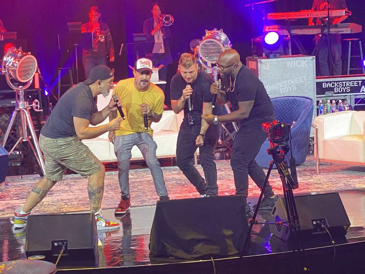 """Joey Fatone, AJ McLean, Nick Carter and Wanya Morris rehearse """"The After Party"""" at Sands Showro ..."""