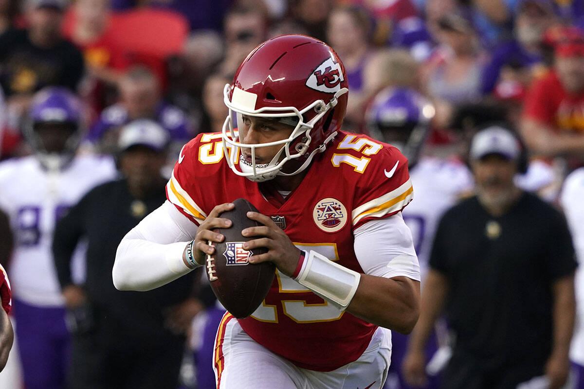 Kansas City Chiefs quarterback Patrick Mahomes (15) in action against the Minnesota Vikings dur ...