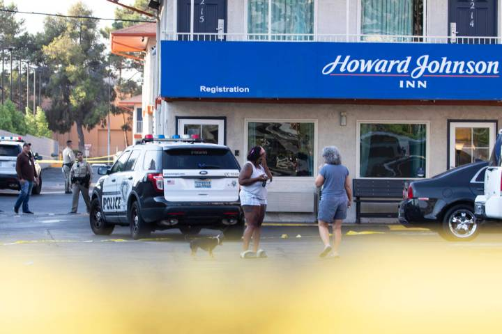 The Metropolitan Police Department is investigating a double shooting that left one man dead at ...