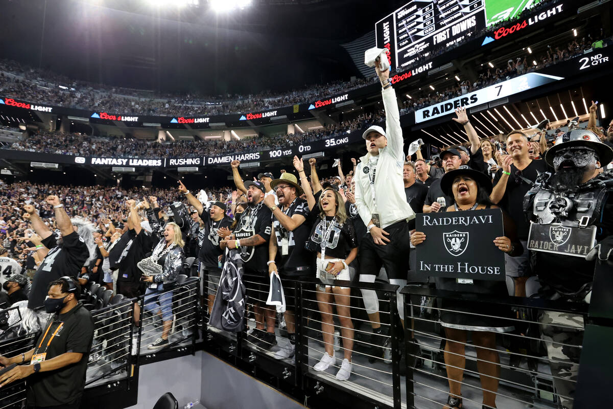 Fans cheer as the Raiders take on the Baltimore Ravens on ÒMonday Night FootballÓ at ...