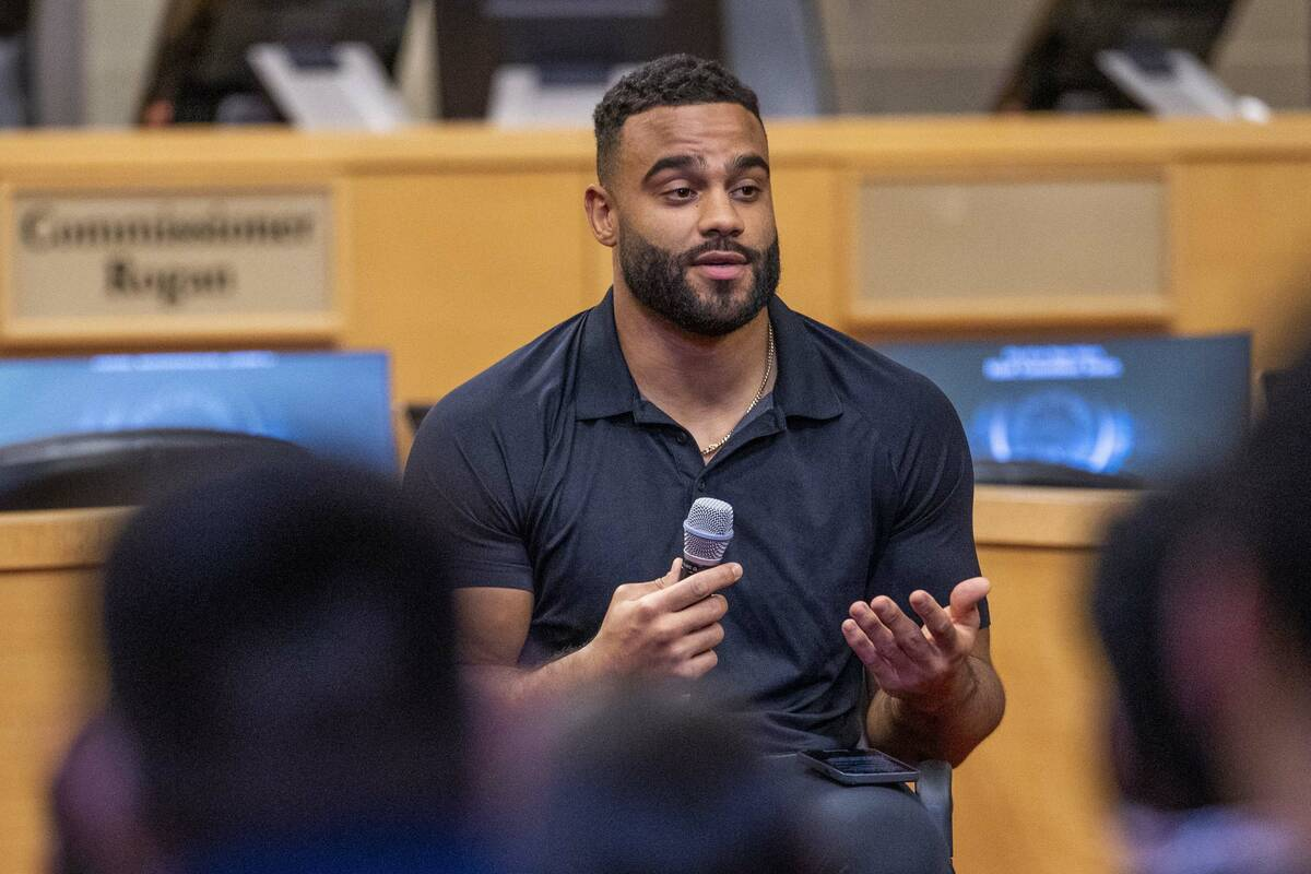 The Raiders' Solomon Thomas speaks about his sister's death during a youth mental health conver ...