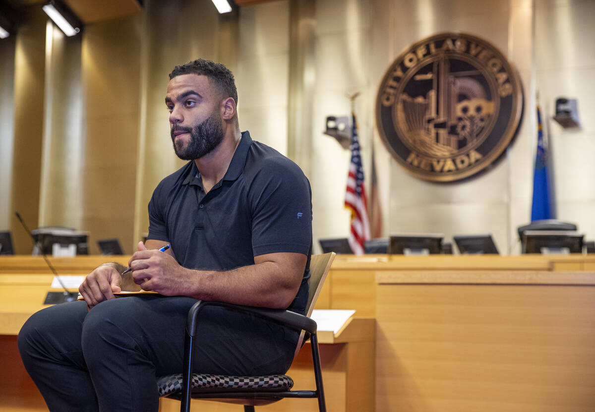 The Raiders' Solomon Thomas considers what to write while in an exercise with participants duri ...