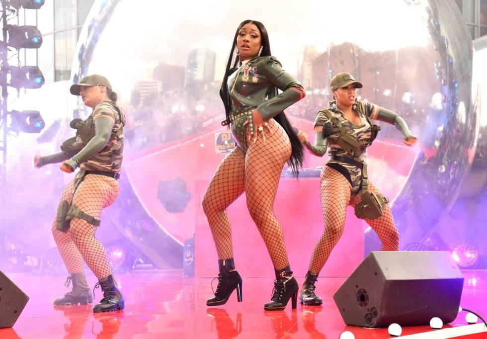 FMegan Thee Stallion tampil di MTV Video Music Awards di Newark, NJ.  (Foto oleh Charles ...
