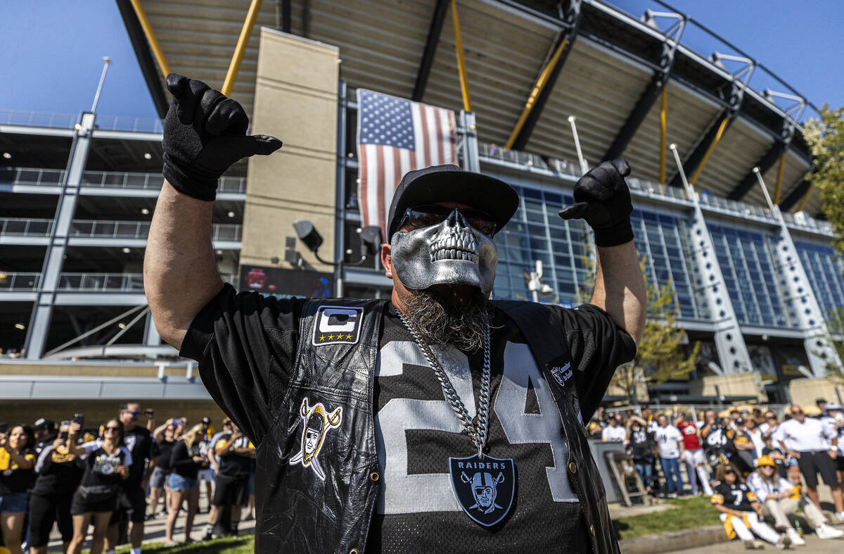 Raiders fans at Heinz Field before the start of an NFL football game against the Pittsburgh Ste ...