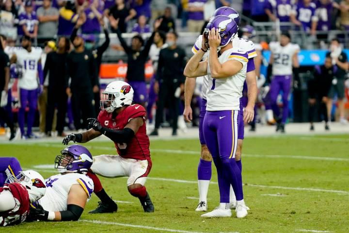 Minnesota Vikings kicker Greg Joseph (1) reacts to missing a game-winning field goal attempt ag ...