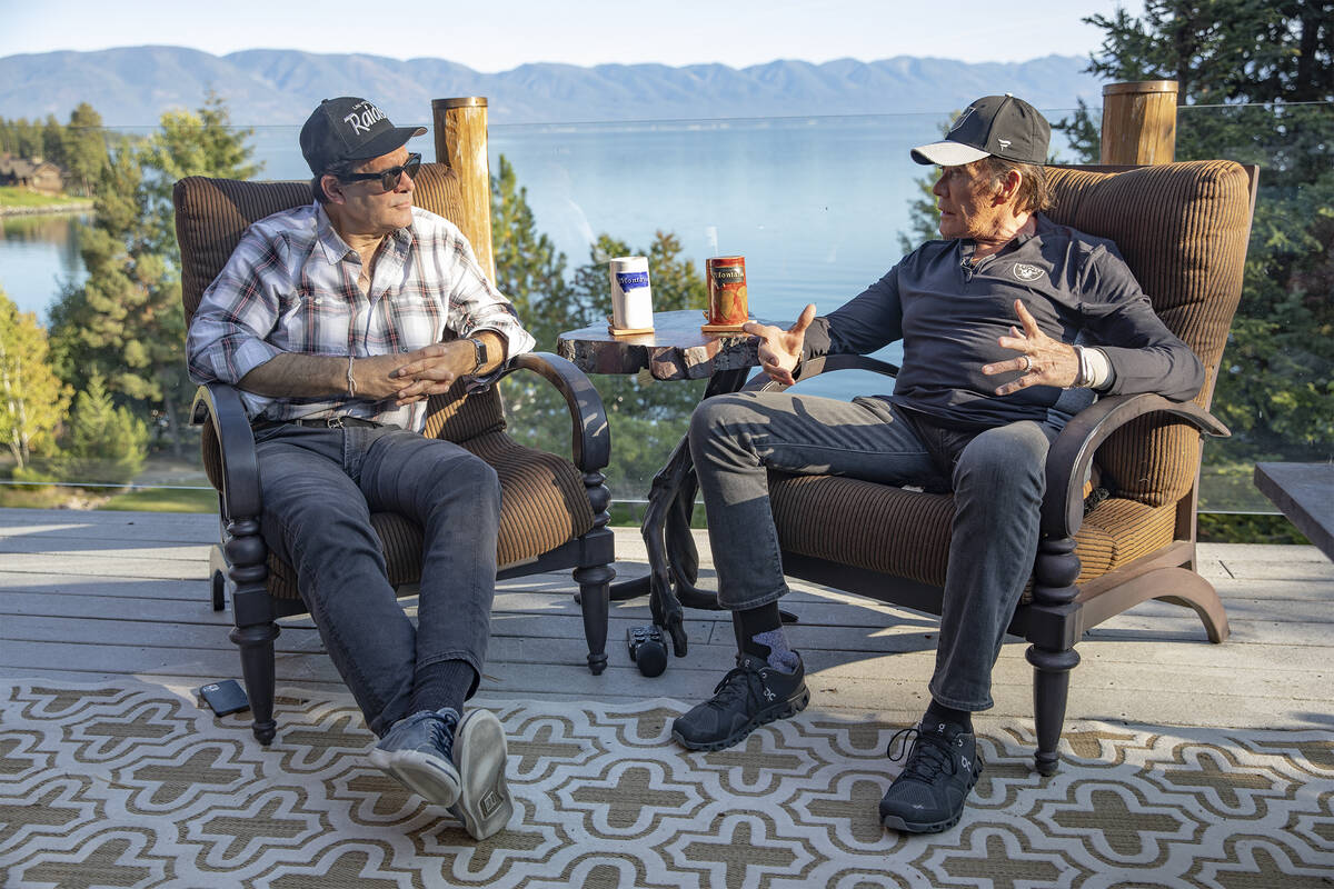 The Review Journal's John Katsilometes, left, speaks with Wayne Newton, right, at his ranch in ...