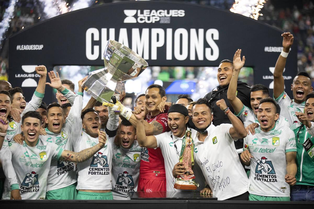 Club Leon of Liga MX edges Seattle Sounders of MLS — PHOTOS