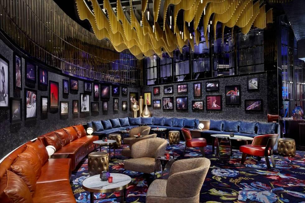 Vesper Bar di The Cosmopolitan of Las Vegas tetap setia pada akar 007-nya.  (Kosmopolitan L ...