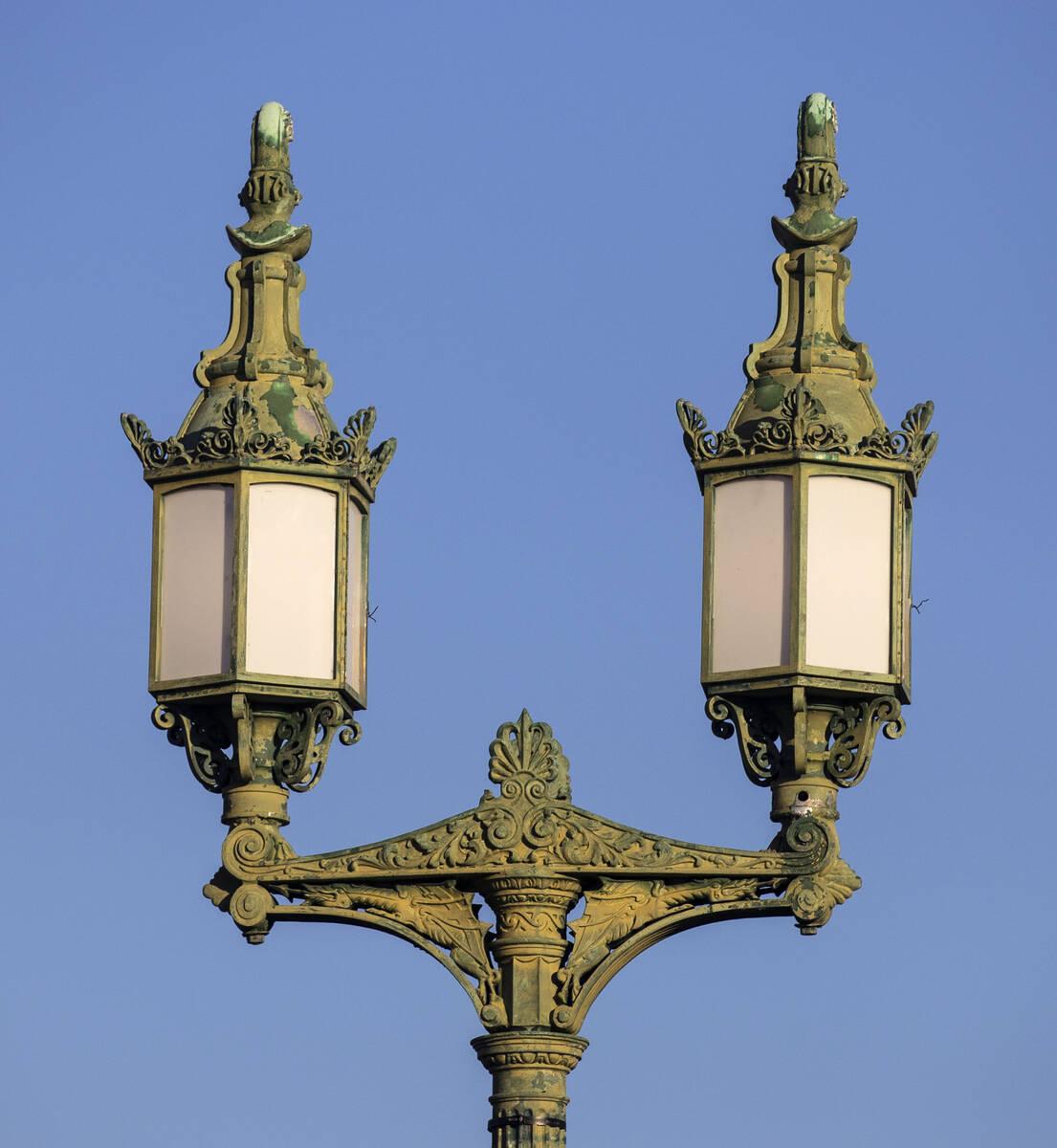 The historic street lamps atop London Bridge are shown on Sunday, Oct. 3, 2021, in Lake Havasu, ...