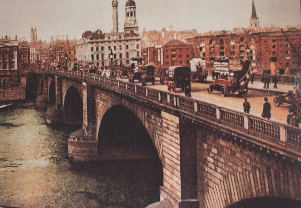 A print of the old London Bridge on the wall of the Visitor Center on Lake Havasu.  (Review journa ...