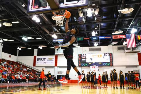 UNLV's Keshon Gilbert (10) lays up the ball during an open basketball practice and fundraiser f ...